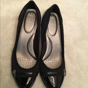 Time and Tru black wedges, size 9.5, NWOT.